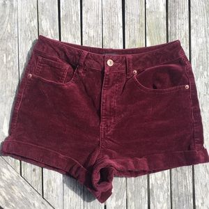 Corduroy Highwaisted Shorts